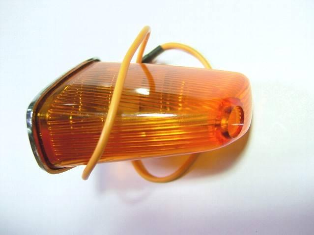 C100リアウインカーオレンジ