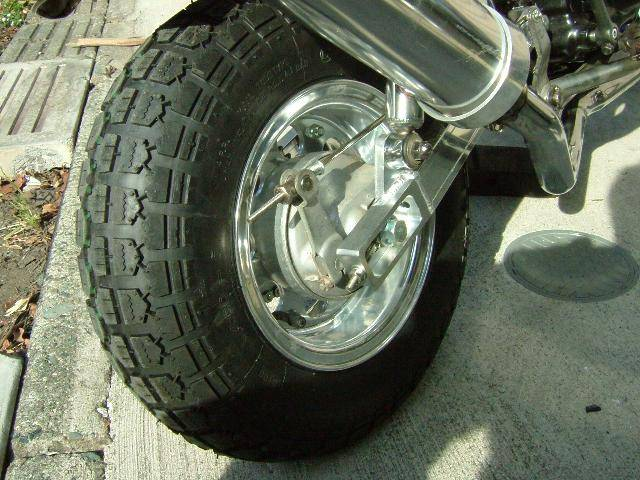 タイヤ 400-8
